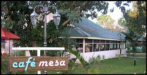 cafe_mesa_front