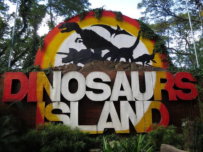 dinosaurs_island_sign