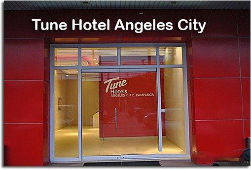 tune_hotel_front_door