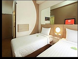 tune_hotel_room2